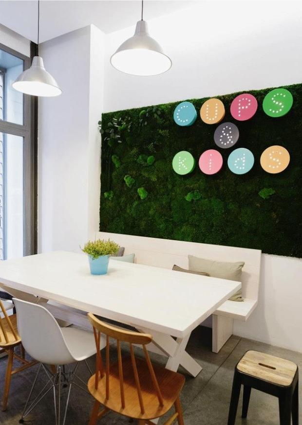 Una cafeteria para todos enmimetrocuadrado for Mobiliario cafeteria